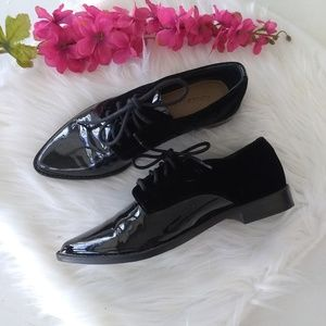 Gianni Bini Patent Leather Velvet Loafers Size 6